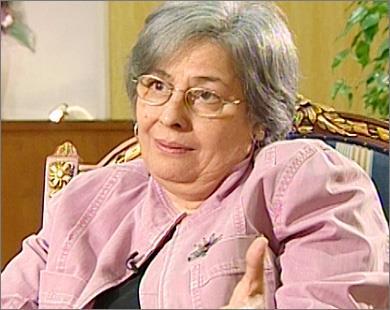 الموت يغيب الكاتبة المصرية رضوى عاشور زوجة الفلسطيني البرغوثي