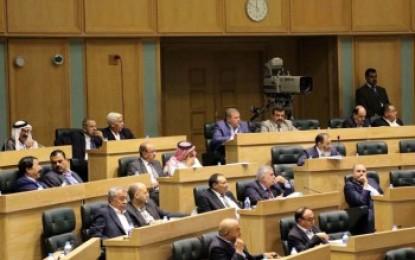 """مجلس النواب يرفض إحالة خلافات """"التنفيذي والمحافظة"""" إلى رئيس الوزراء"""