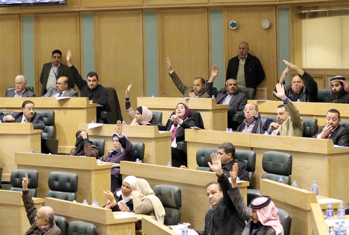مجلس النواب يقر قانون الانتخاب لسنة 2016